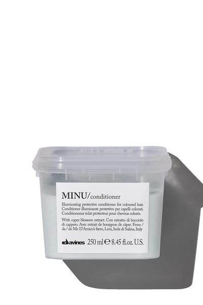 Davines - Davines Minu Boyalı Saçlar İçin Koruyucu Bakım Kremi 250ml