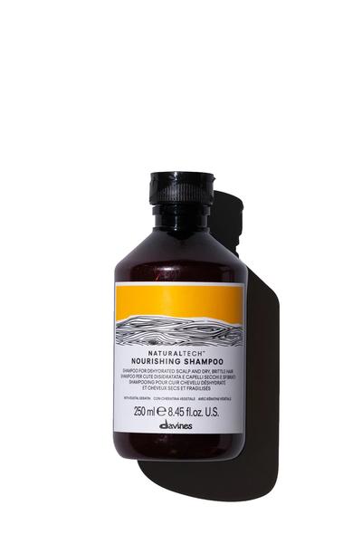 Davines - Davines Nourishing Yıpranmış Kuru Saçlar İçin Sülfatsız Şampuan 250ml